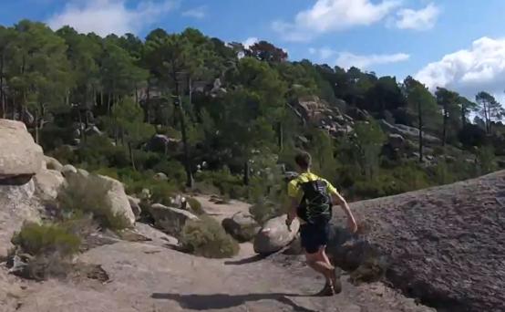John running to Conca